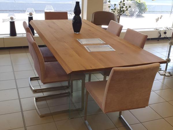 Tisch 17