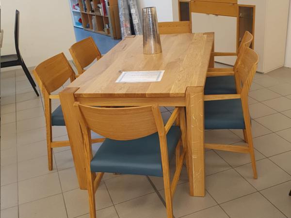 Tisch 24