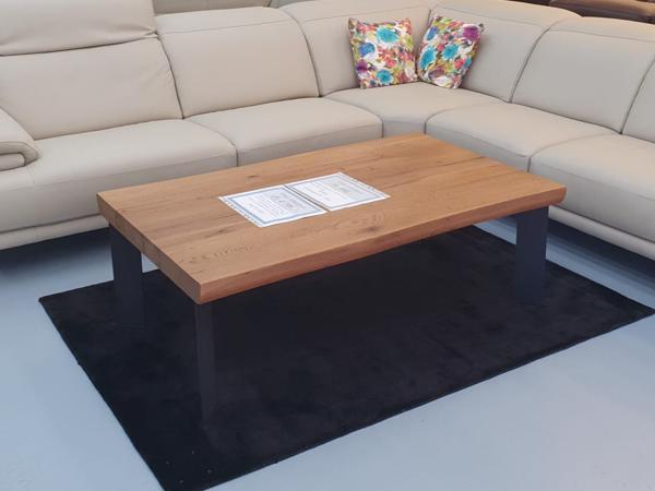Tisch 27