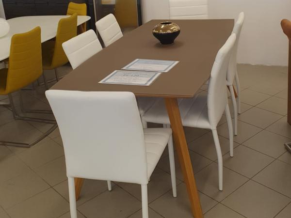Tisch 42